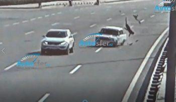 Bakıda maşın vuran piyadanın ayağı qopdu – ŞOK VİDEO (22+)