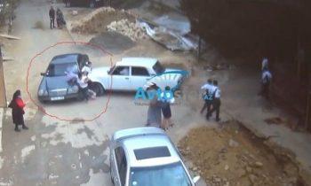 Taksi sürücüsü maşını məktəblilərə çırpdı – DƏHŞƏTLİ GÖRÜNTÜLƏR