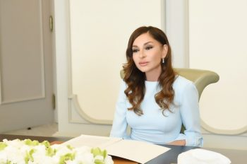 """Mehriban Əliyeva: """"Azərbaycanın əsgər və zabitləri ilə fəxr edirəm"""""""