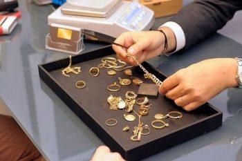 Azərbaycanda qızıl və gümüş bahalaşıb
