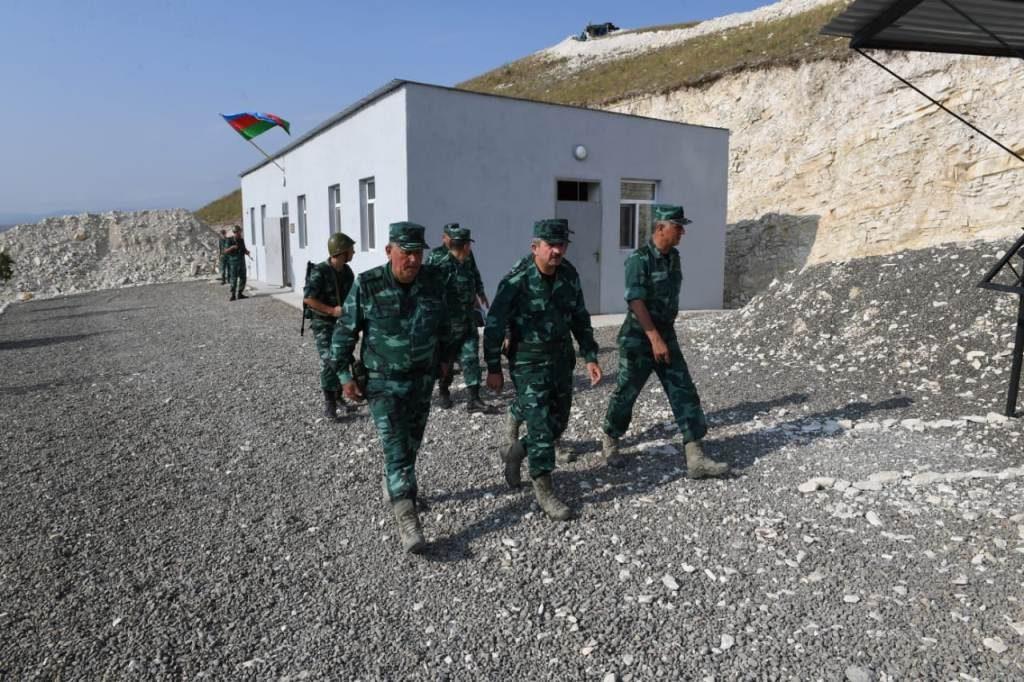 Ermənilər postumuzu atəşə tutdu, əsgərimiz yaralandı – General hadisə yerində (FOTO)