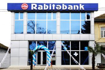 """""""Rabitəbank""""ın riskli gələcəyi: MÜŞTƏRİLƏR PULLARINI GERİ ÇƏKİR – HESABAT"""