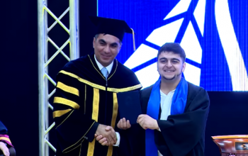 Diplomu rektordan oynayaraq alan məzun danışdı
