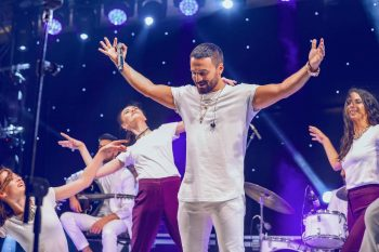 Zamiqin anşlaqla keçən konsertində nələr yaşandı? – Fotolar