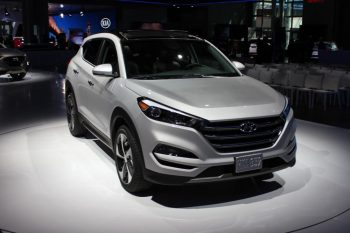 """""""Hyundai"""" 400 mindən çox avtomobili geri çağırır"""