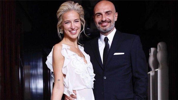 """Məşhur aparıcının evliliyi 15 ay çəkdi: """"Həyatımda başqa kişi yoxdur"""""""