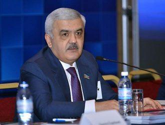 Rövnəq Abdullayev 50 min nəfərin maaşını artırdı