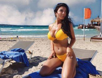 Azərbaycanın ən fərqli modelindən seksual FOTO,VİDEO