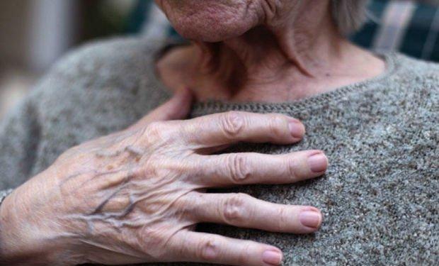 Evə basqın edib yaşlı qadını zorladılar — İmişlidə dəhşət