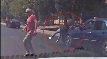 Bakıda taksi gənc qızı piyada keçidində belə vurdu – VİDEO