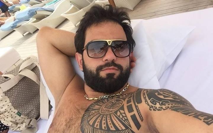 """""""26-lar"""" kafesinin sahibinin oğlu, """"Gelandevagen""""li Qasımov niyə bıçaqlanıb?"""