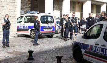 """Fransada məscidə """"Molotov kokteyli"""" atdılar: Yaralılar var"""