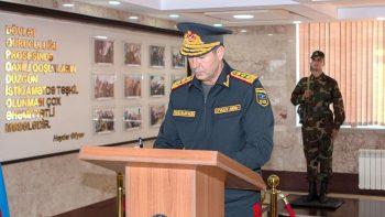 Vilayət Eyvazov vətəndaşları incidən polis mayorunu işdən çıxardı
