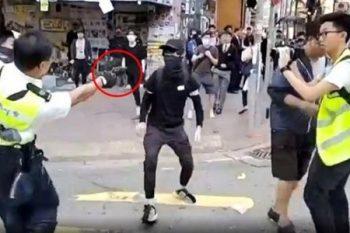 Polis canlı yayımda etirazçını güllələdi – VİDEO