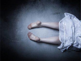 Bakıda DƏHŞƏT – Gənc oğlan kirayədə yaşayan anası və bacısını amansızlıqla öldürdü – VİDEO